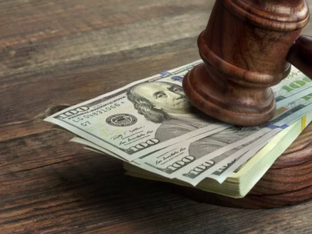 How Do Lawyers Structure Their Fees?