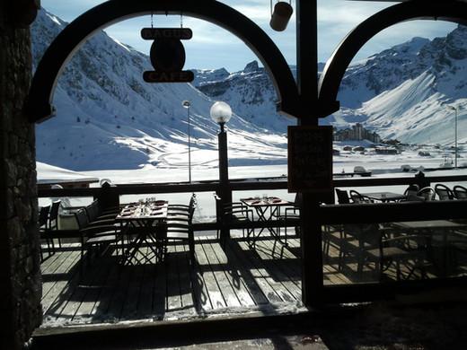 Terrasse vue sur le lac