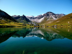 Lac de Tignes en été