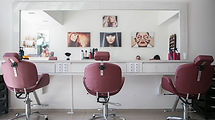 Hair salon - PHoto by Guilherme Petri on