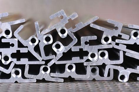 Metalik Parçalar