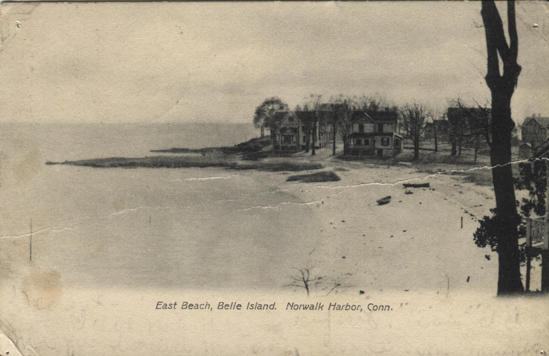 65.19.12 Postcard of East Beach Bell Island