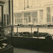 Gedneys Bakery on Washington