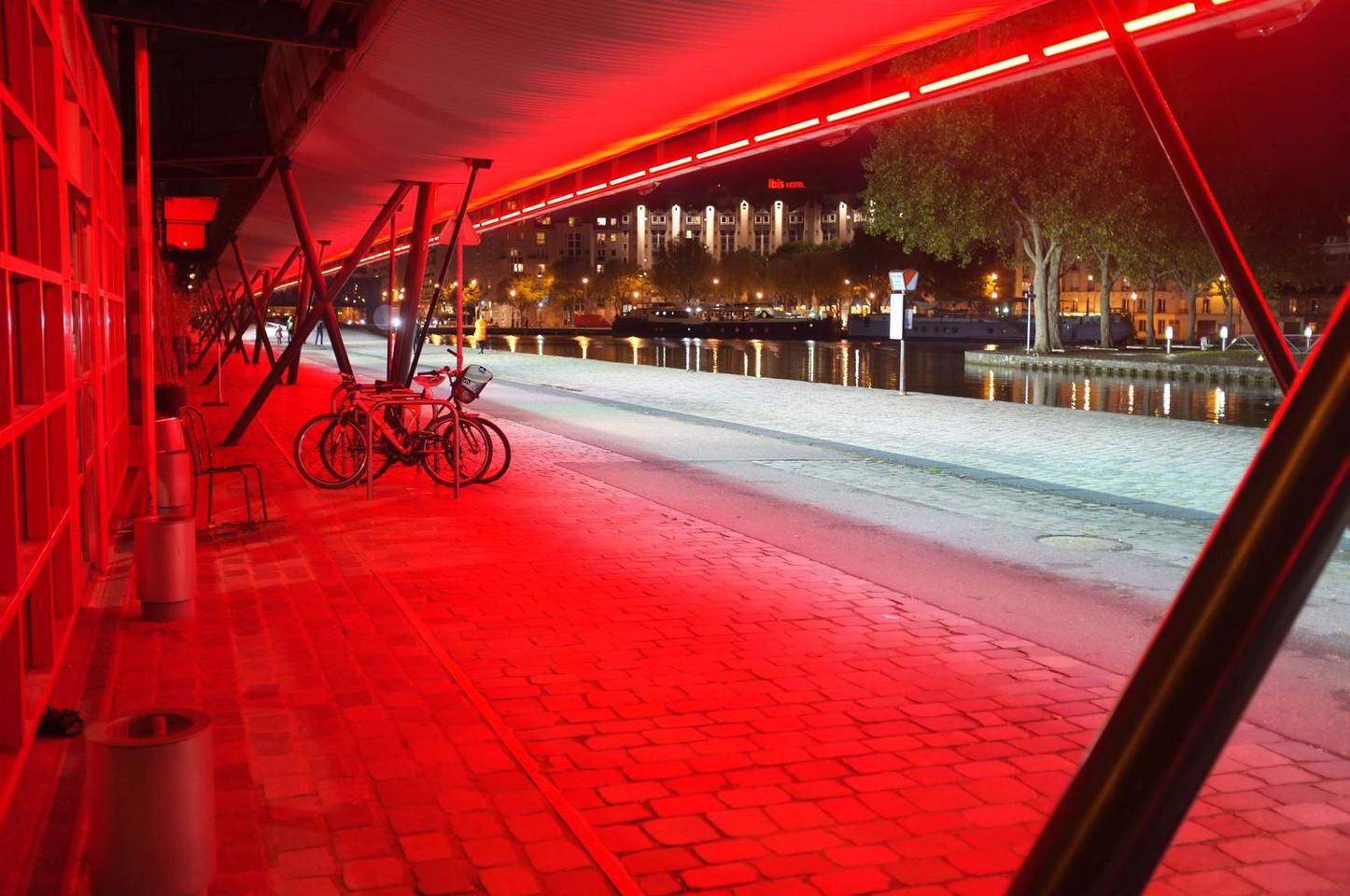 Red - Paris