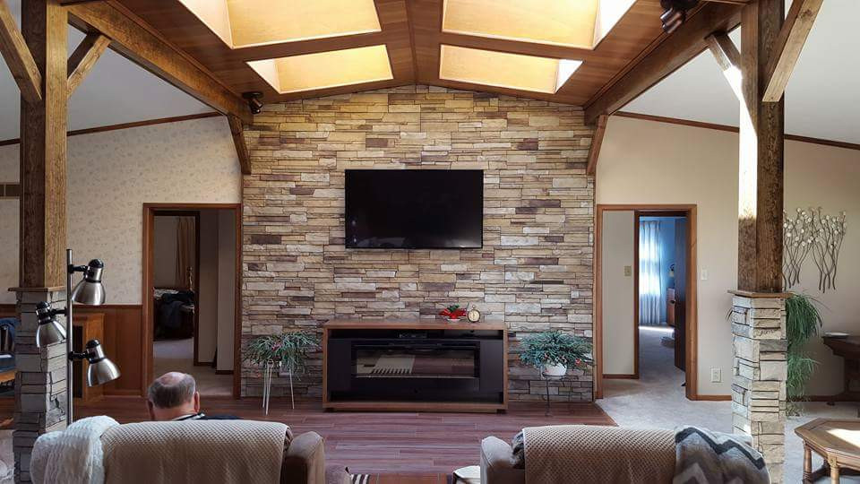 Living Room 02.jpeg