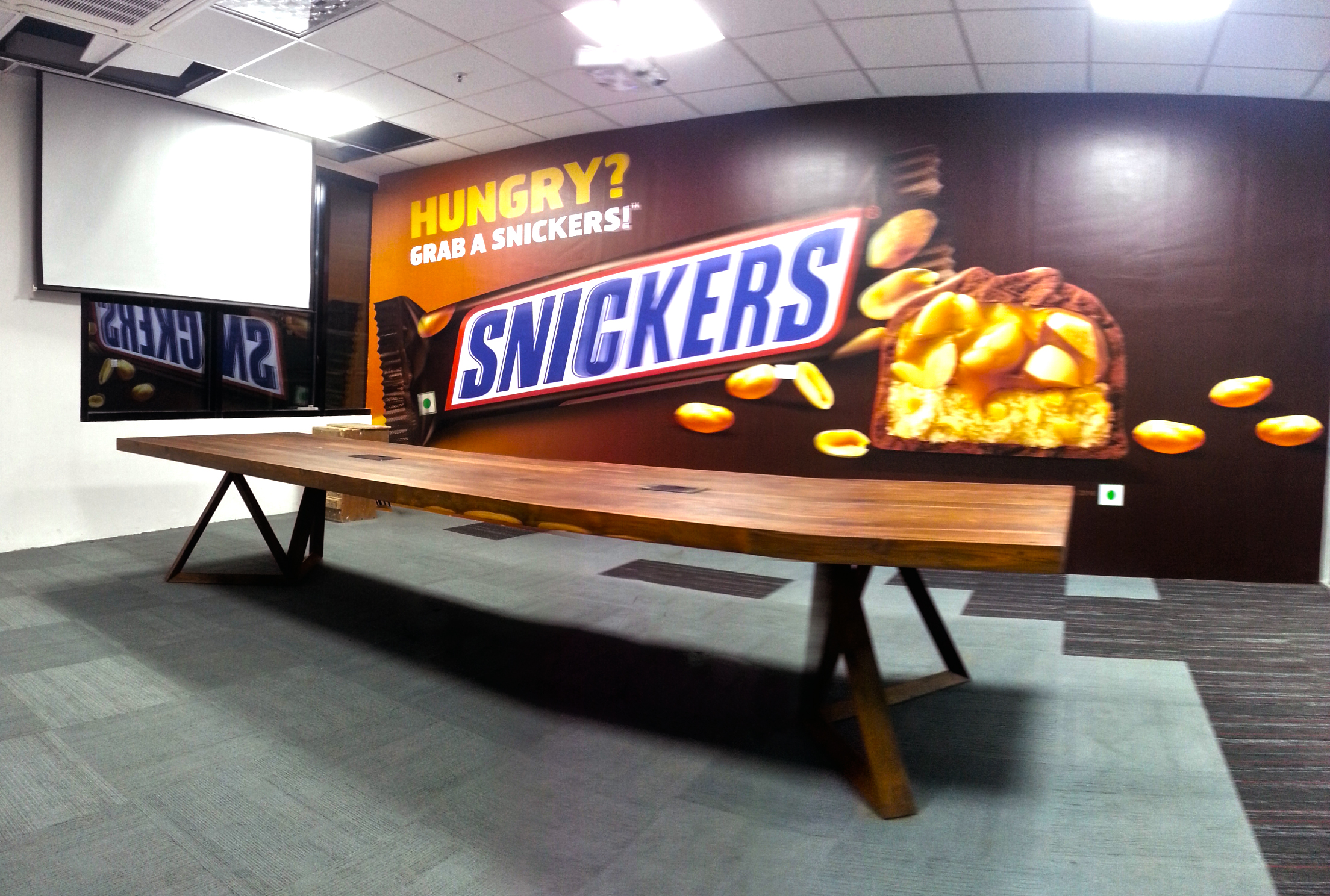 Snickers room