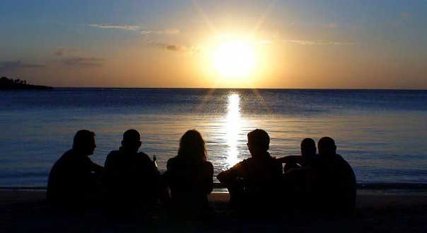 PADI Divemaster Interns enjoying the Roatan sunset