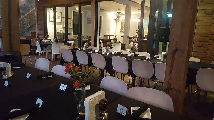 group dining.jpg