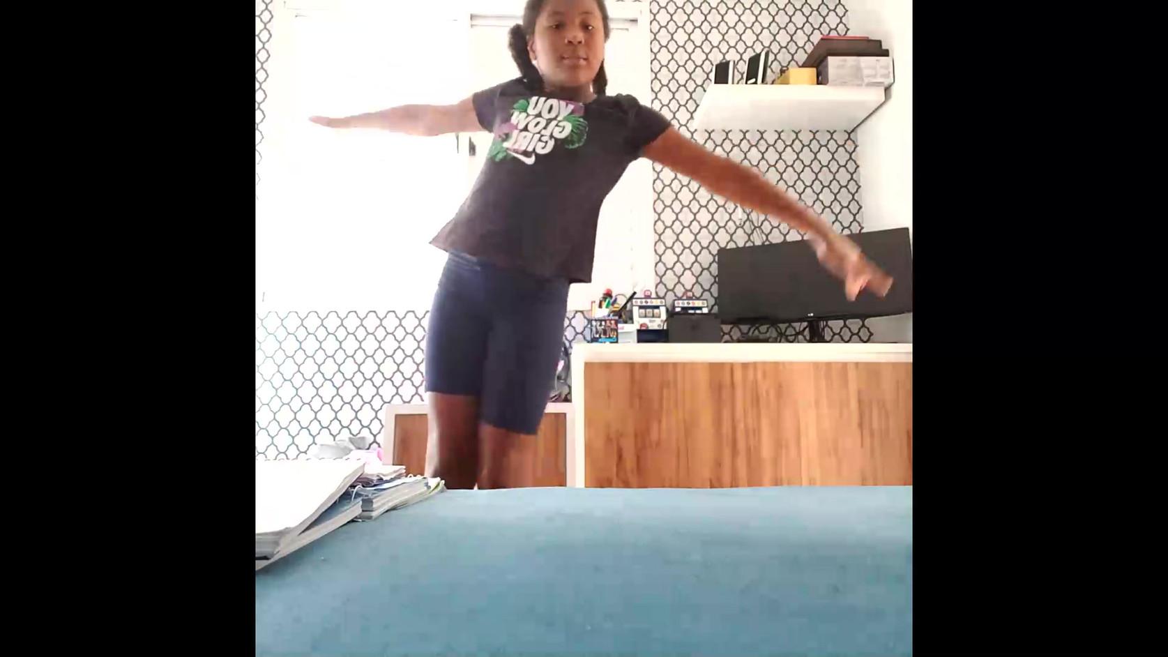 Julia Farias - 4º Ano