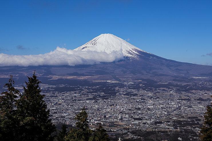 shizuoka-Mt.Fuji_and_Gotemba_cityscape_f