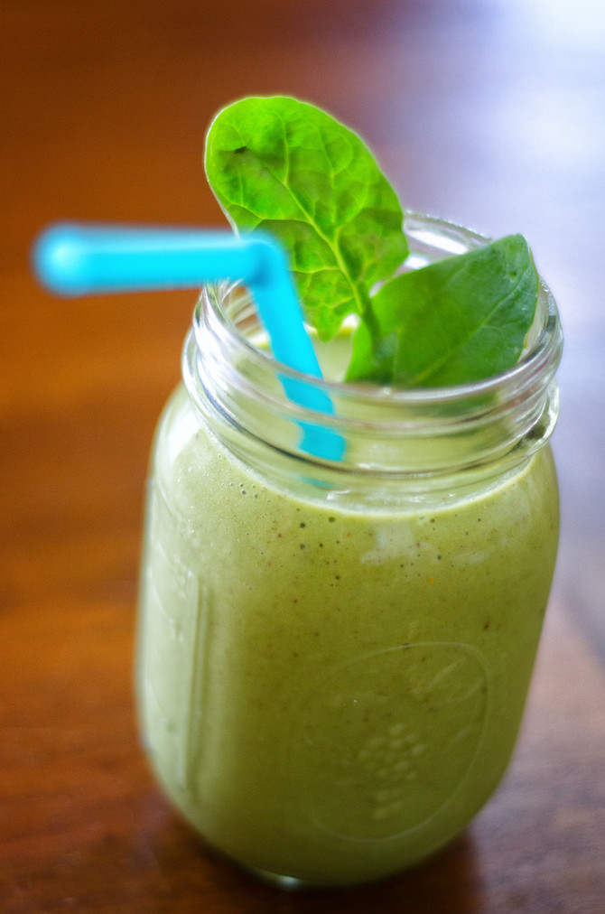Recipe (Smoothie meal): Chia Peach Green Smoothie