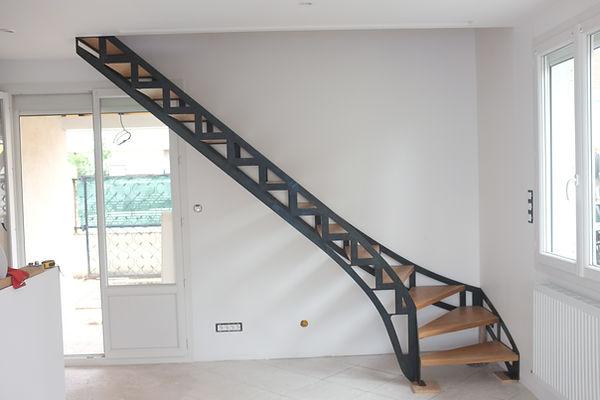 escalier sur mesur e industriel métal et bois ferronnier 92