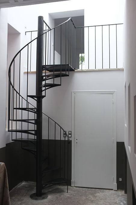 escalier colimaçon hélicoidale sur mesure montreuil 93