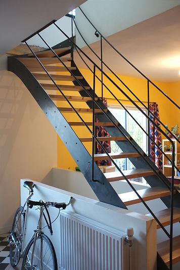 escalier métal et bois férronnier noir industriel montreuil 93