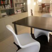 Table en tôle noire