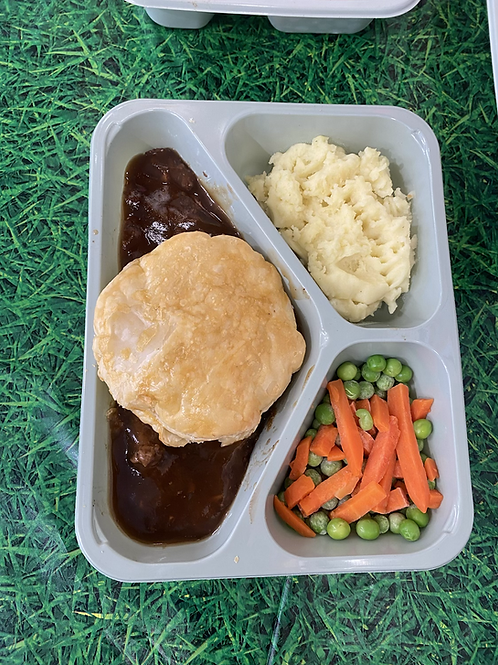 steak pie, mashed potato & veg