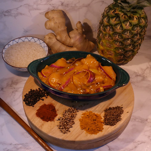 Chicken Curry made with Chicken Fillets (lb) 1lb serves approx 2 people