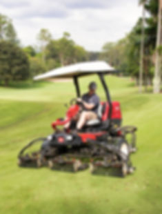 34016-MM-Golf-164_edited.jpg