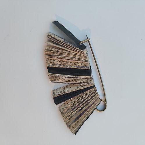 Biblio II brooch