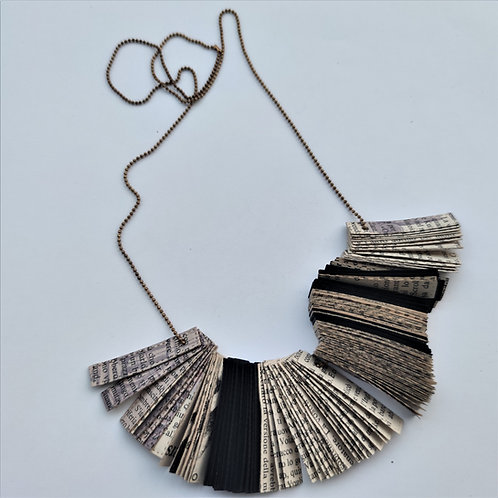Biblo II necklace