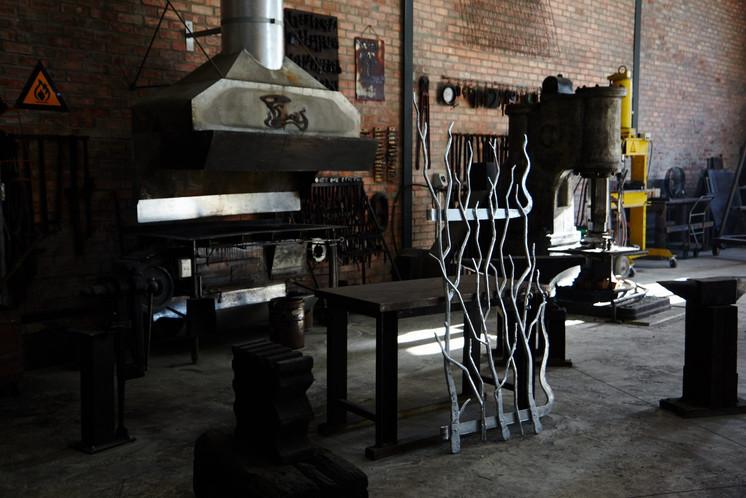 Alon Fainstein Blacksmith metal artist