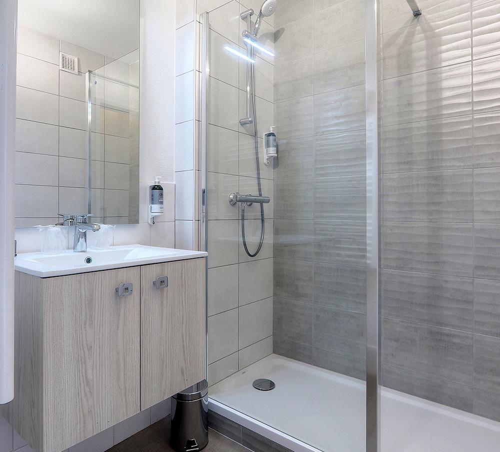 LEBELLEVUE-Hotel-CH16-Confort-C.jpg
