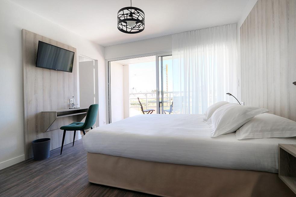 LEBELLEVUE-Hotel-CH15-Familiale-B.jpg