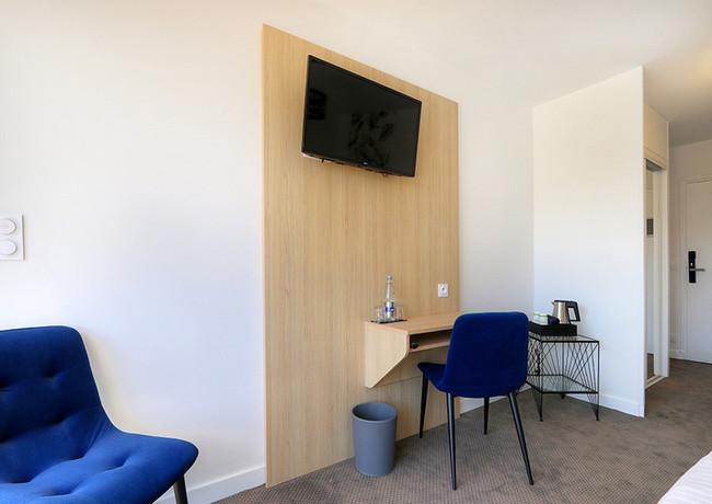LEBELLEVUE-Hotel-CH10-Confort-C.jpg