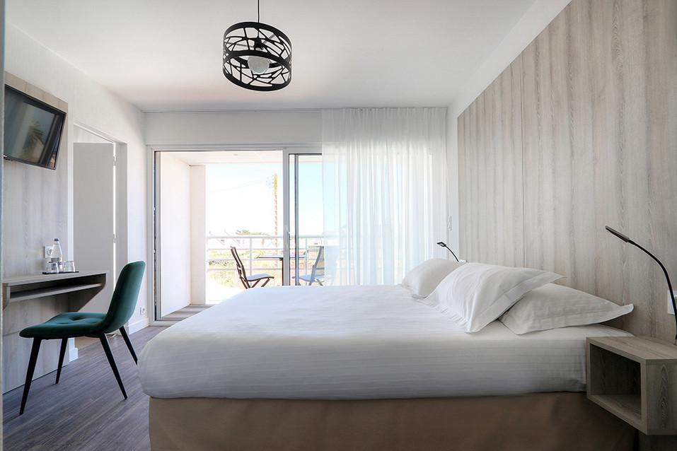 LEBELLEVUE-Hotel-CH15-Familiale-A.jpg