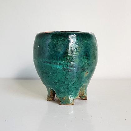 Palm size pot