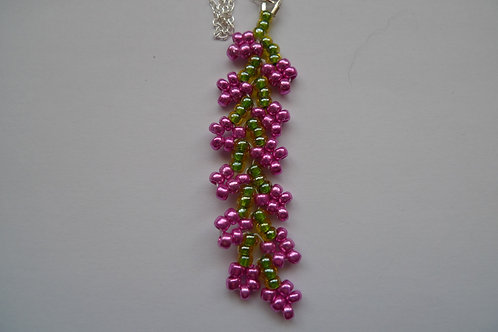 Pendant | seed beads | coral
