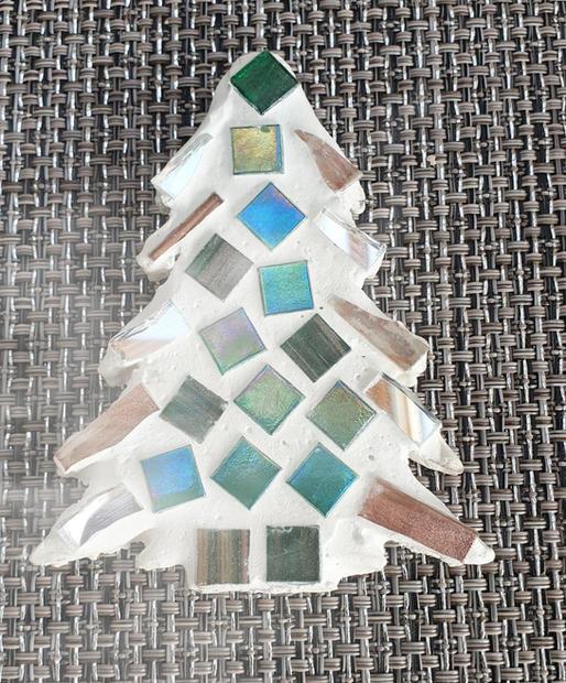christmas%20tree%202_edited.jpg