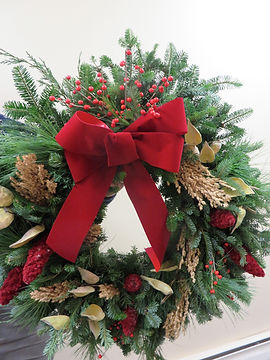 LBW wreath for Susan Roman 11-22-19reduc