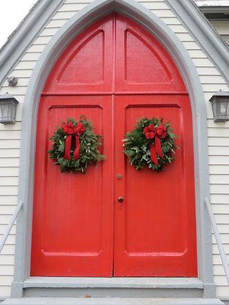 St. Luke's red doors wreath 11-22-20 clo