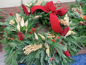 LBW wreath for Susan Roman Close 11-22-1