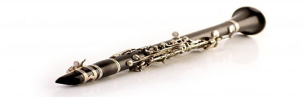 black-clarinet-isolated-white_79295-711.