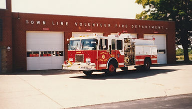 15 - 1993 American Fire Apparatus.jpg