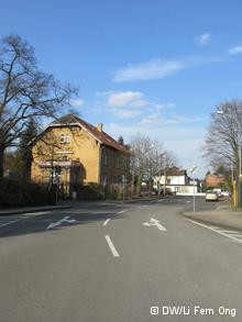 The only road entering and exiting the Siegburg prison.