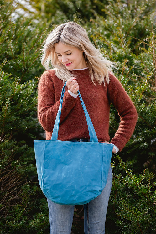 Al Fresco Tote | blue waxed canvas