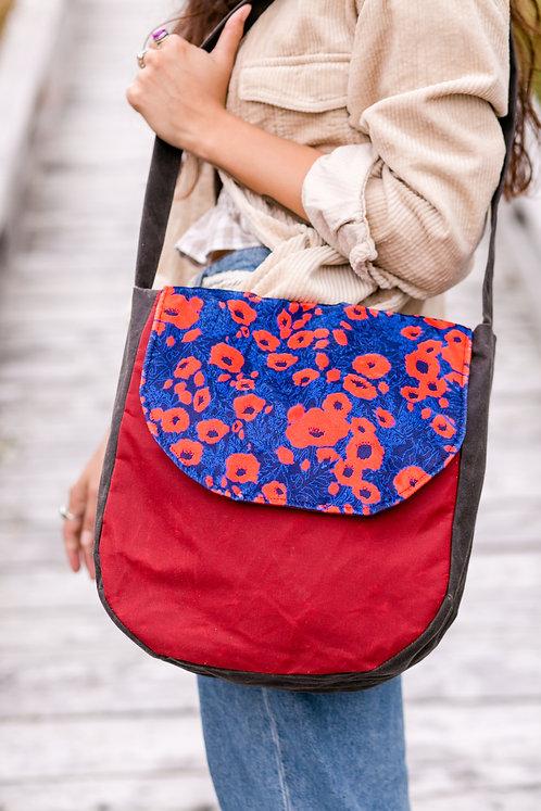 Flap Front Shoulder Bag | Poppies (velvet)