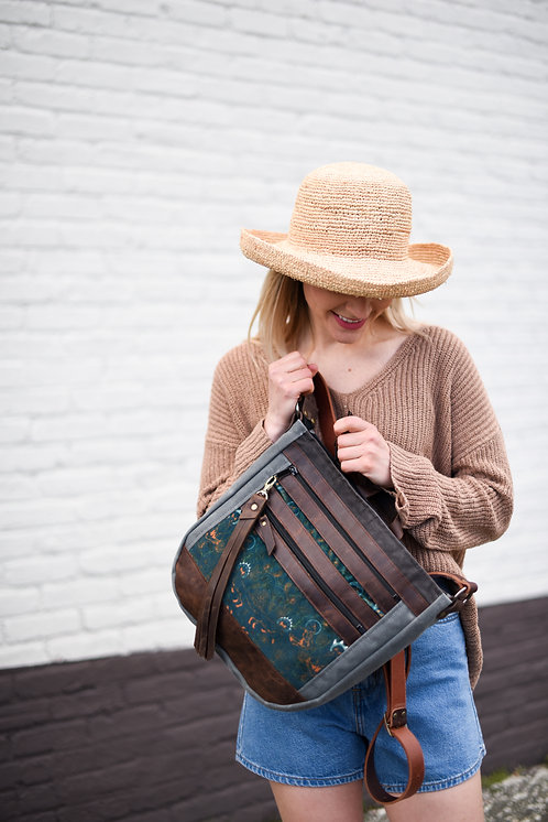 The Nomad Crossbody | Naughty Nice Knowing (subtle foxes, velvet)