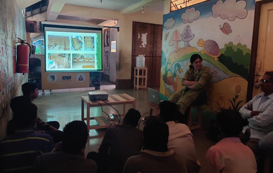 Presentation by Ar. Vandana Pusalkar on Sustainable Building Material.