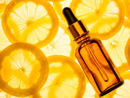 Vitamina C e ácido hialurônico: funcionam mesmo?