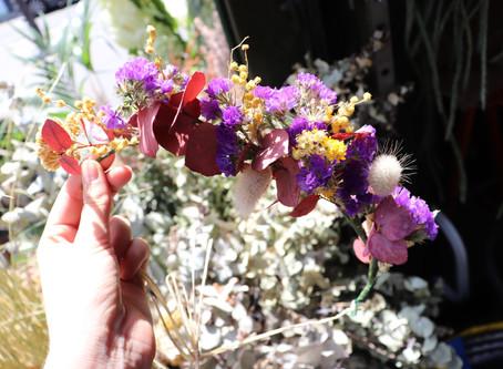 DIY : Fabriquez une couronne de fleurs