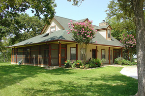 Chappell Hill Weekend House
