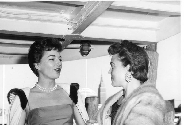 Sisters Mary Lou Narz and Ann Cullen