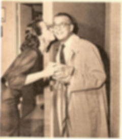 Ann Cullen kisses Bill Cullen
