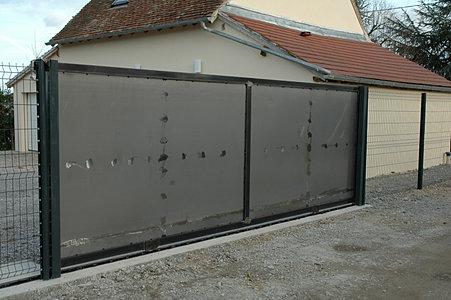 Ferronnerie jean jutier ext rieur portails for Port fer forge 2013