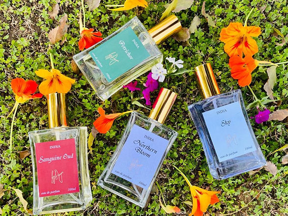 luxury perfumes, best perfumes, natural perfumes, gift for him, gift for her, corporate gifting, personalised gifting.