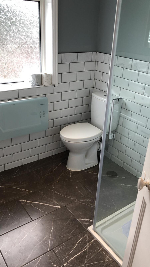 Bathroom fit with toilet, plumber near me